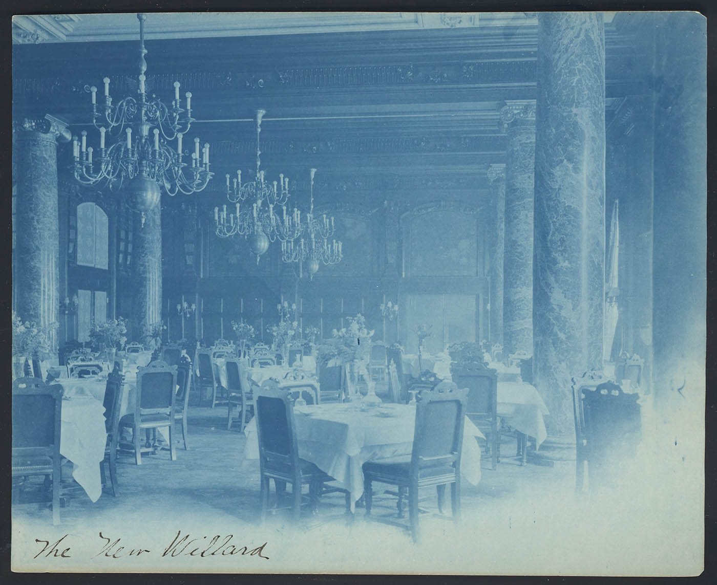Willard Hotel 1901-1910 by Frances Benjamin Johnston